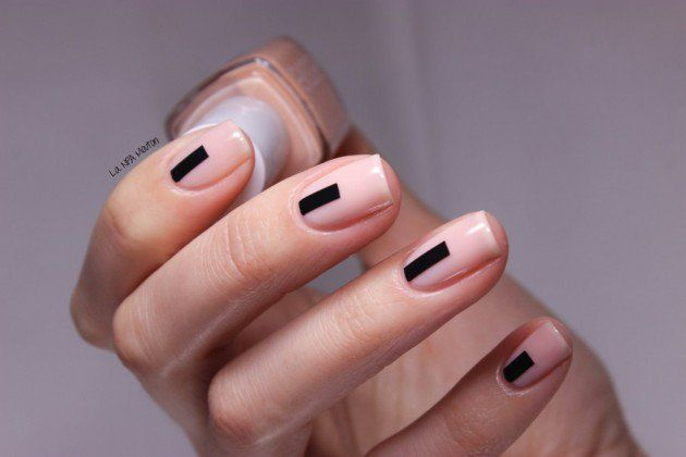 50+ Minimalist Nail Art Ideas for The Lazy Cool Girl #nailart