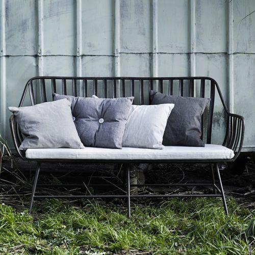 Salon de jardin en métal noir finition vieillie Dreamy Nordal ...