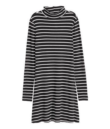 H M erbjuder mode och kvalitet till bästa pris  34ac6d73cb518