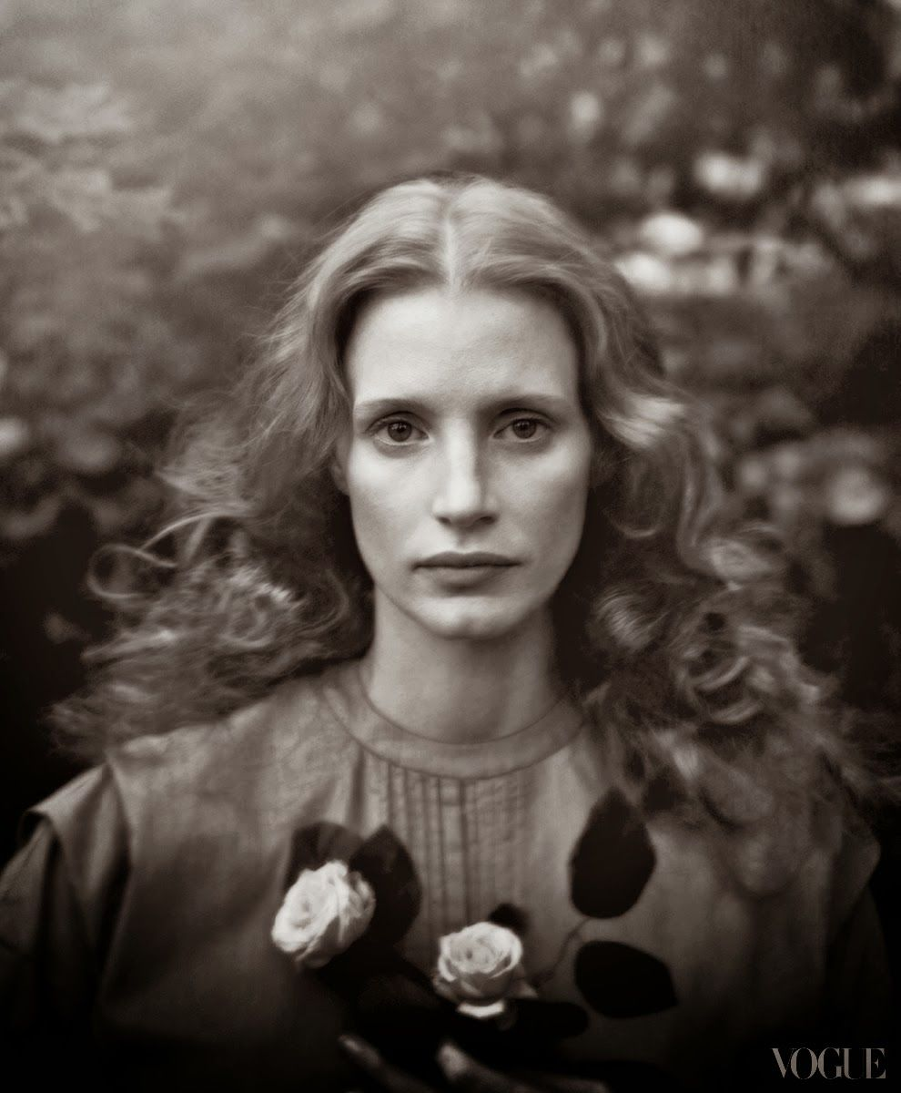 Storehouse of Memory: Annie Leibovitz: Vogue Cover with Jessica Chastain (I)
