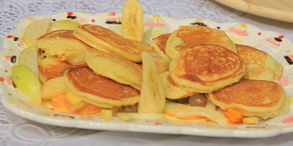 Cbc Sofra طريقة عمل عجينة البان كيك الاصلية سالي فؤاد Recipe Waffles Food Pancakes