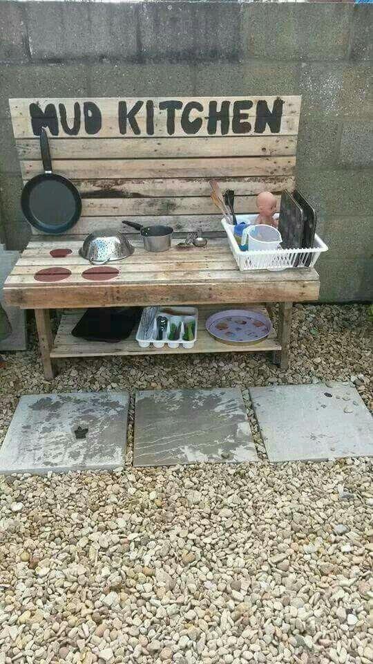 Mud Kitchen, great for kids & grandkids!