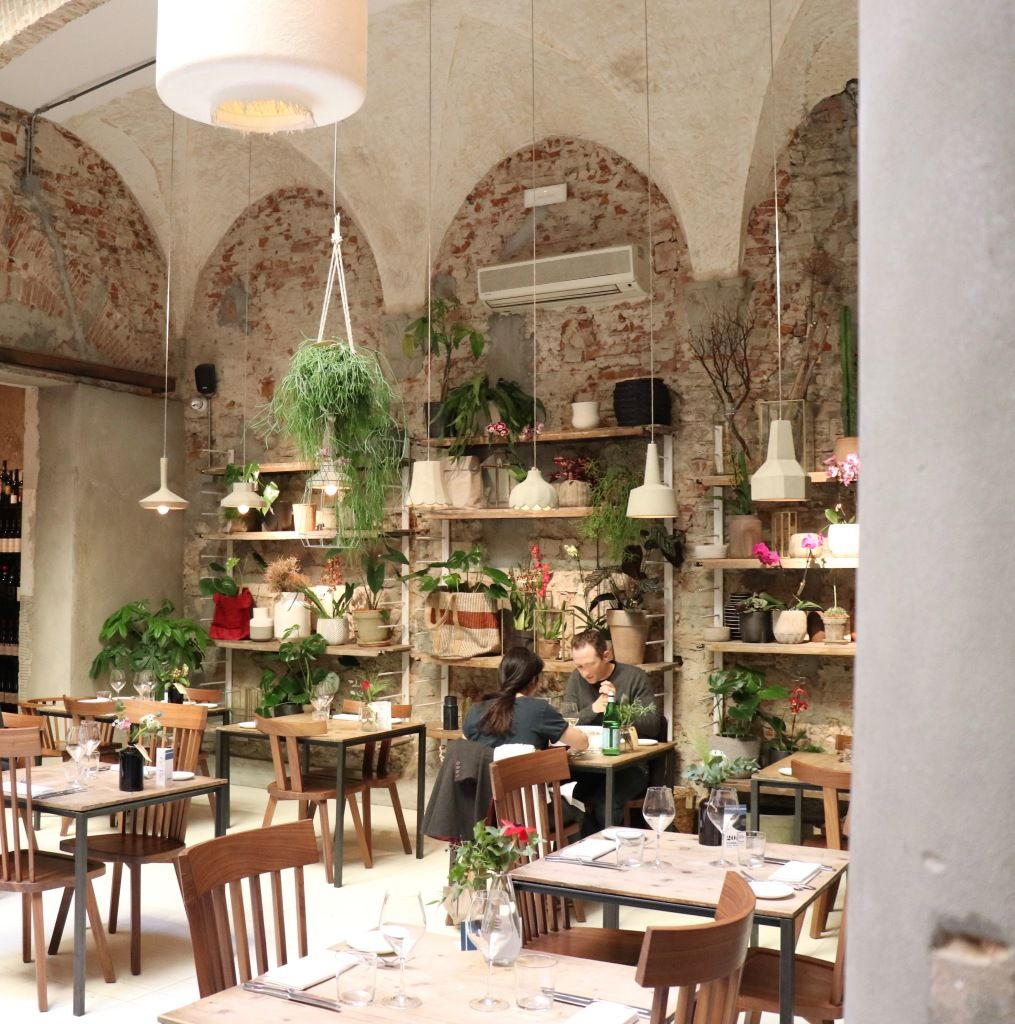 Un Bel Endroit A Florence Concept Restaurant Restaurant Industrielle Decoration Restaurant