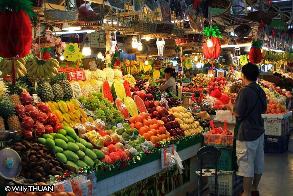 Banzaan Market In Phuket Patong Beach Shopping Patong Beach Phuket Thailand Holiday