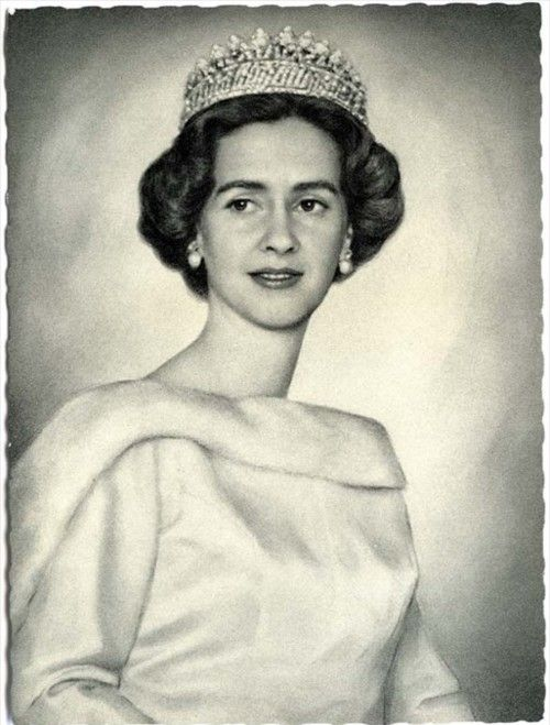 Queen Fabiola of Belgium (née Doña Fabiola de Mora y Aragón; born Madrid, 11 June 1928) is the widow of King Baudouin of Belgium. She was Queen consort of the Belgians for 33 years. Since her husband's death in 1993, she has been styled HM Queen Fabiola of Belgium.