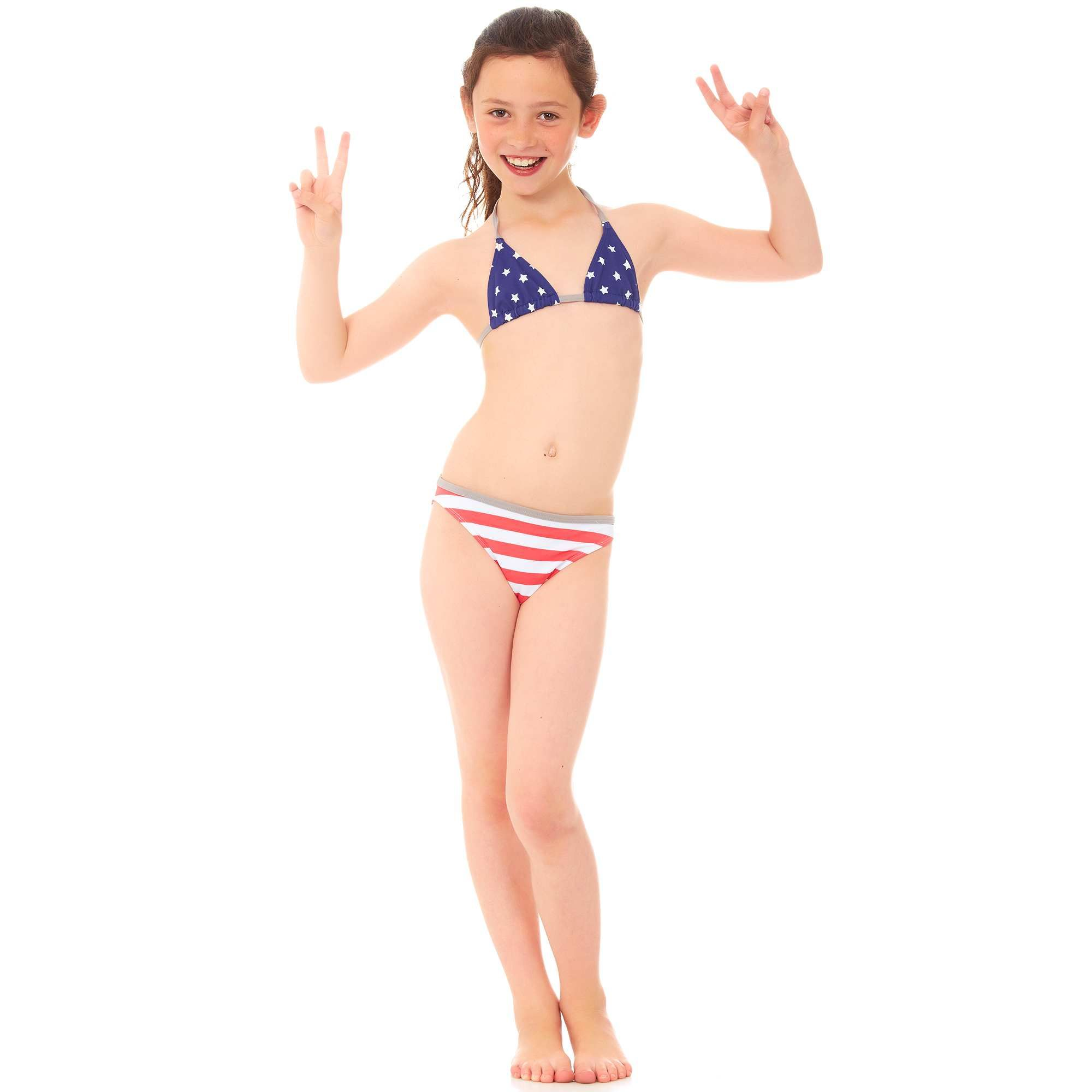 6a86f94c19 Little Girl Models, Little Girls, 2 Piece Swimsuits, Usa Girls, Barefoot,
