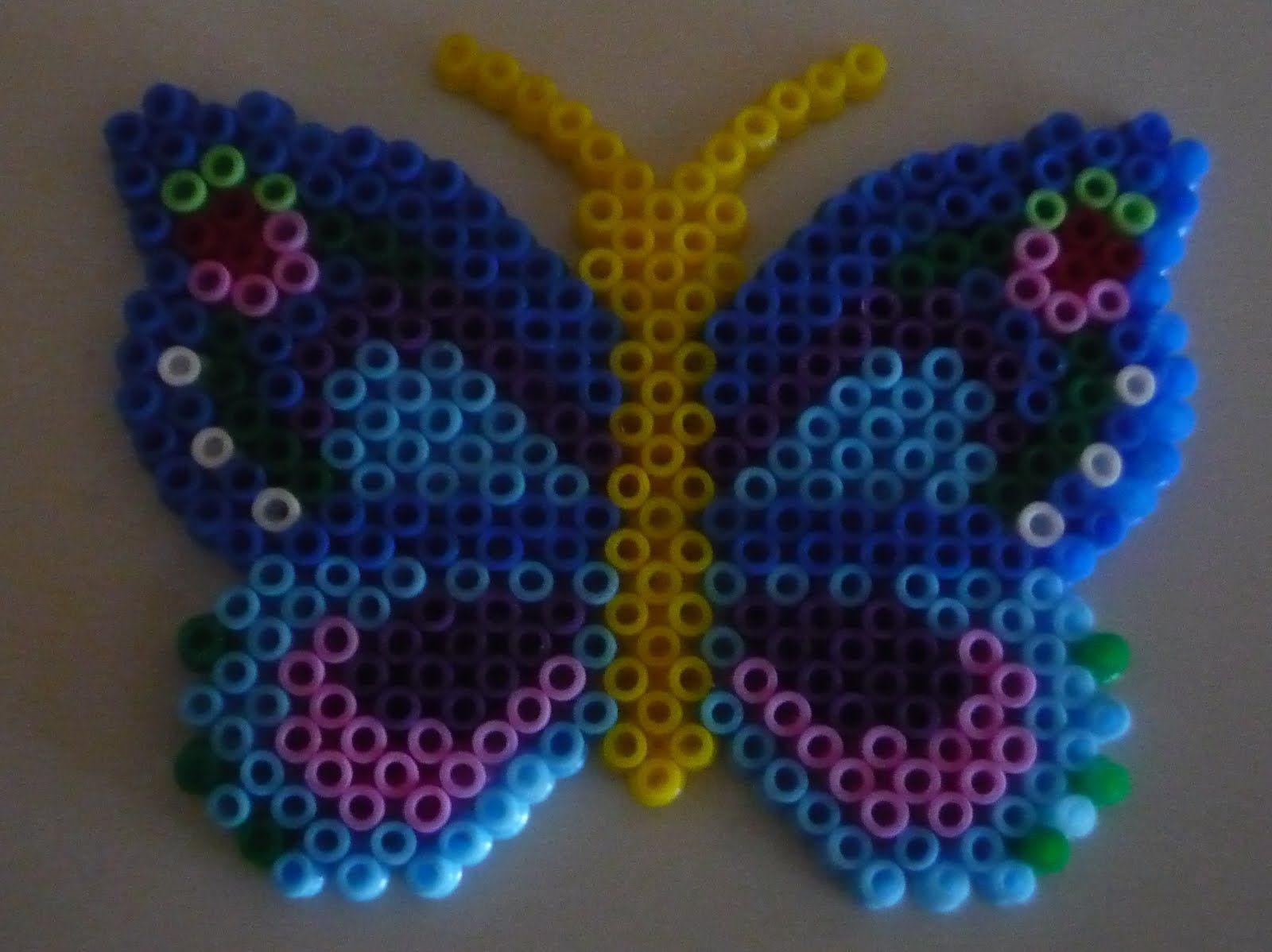 Butterfly hama beads - EnfieltrArte y otras artesManías