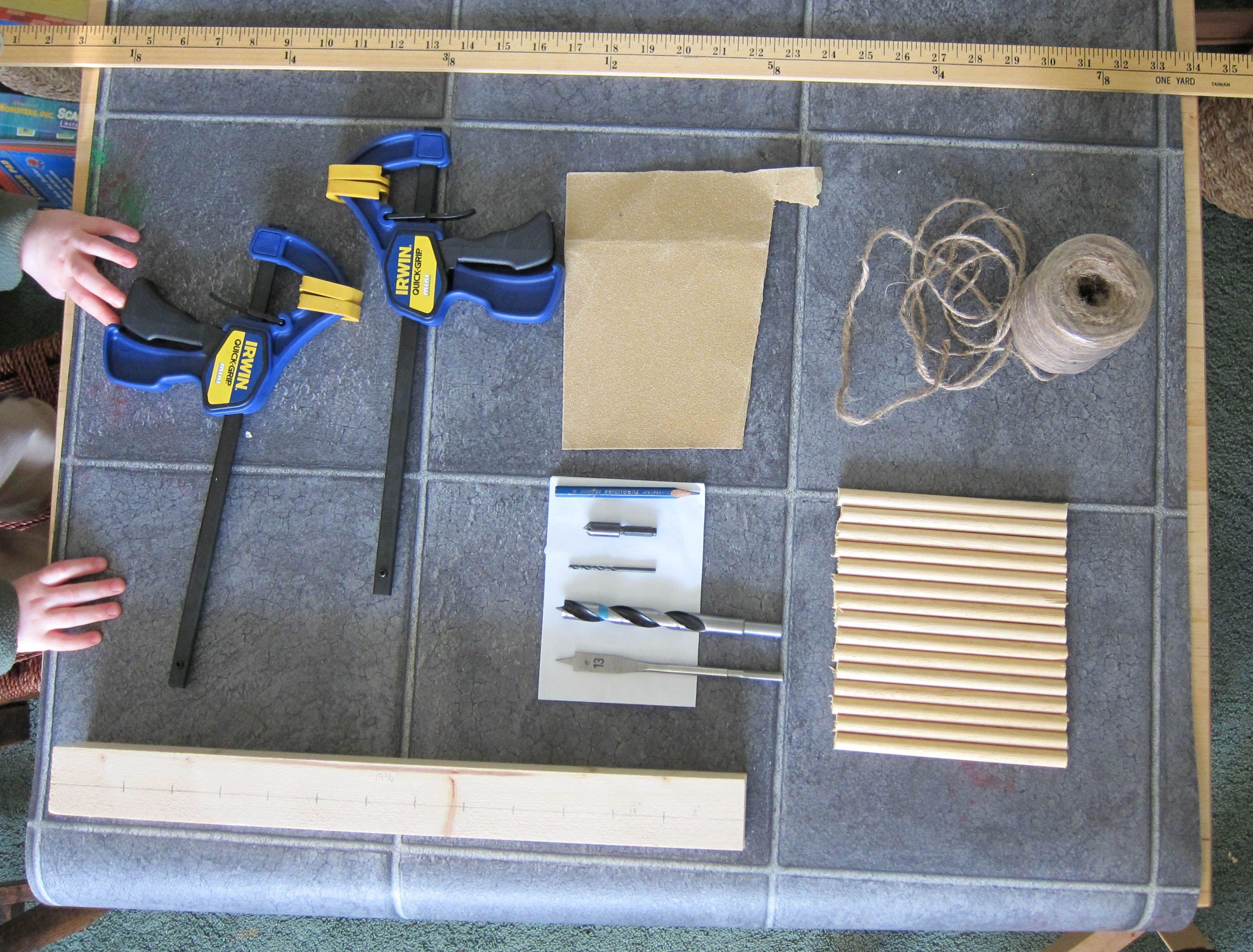 Crafty DIY #1: How to make a peg loom | Schafwolle | Pinterest ...