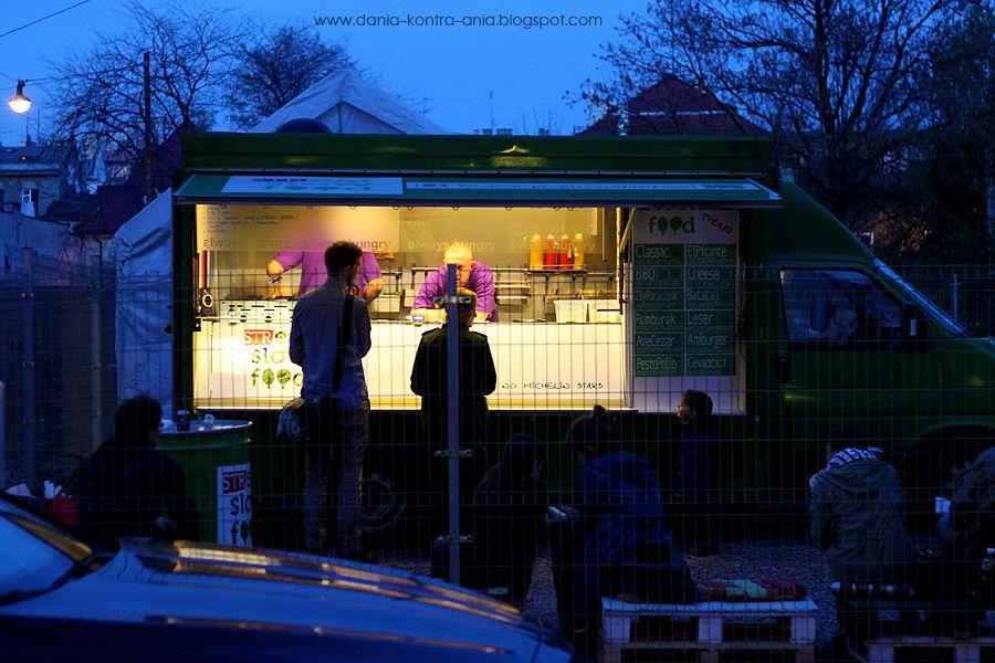 Streat Slow Food, Kraków http://www.dania-kontra-ania.blogspot.com/2014/04/streat-slow-food-krakow.html