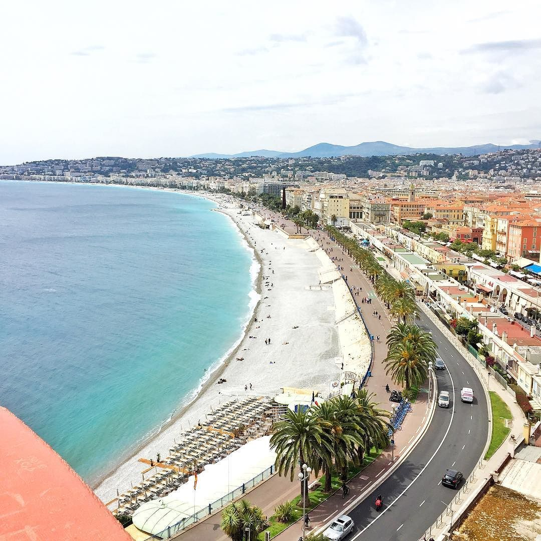 A little over a month ago I was walking along le Promenade des Anglais. Today I should be saying Joyeux Quatorze Juillet but some people can't just let us have a good day. Shameful