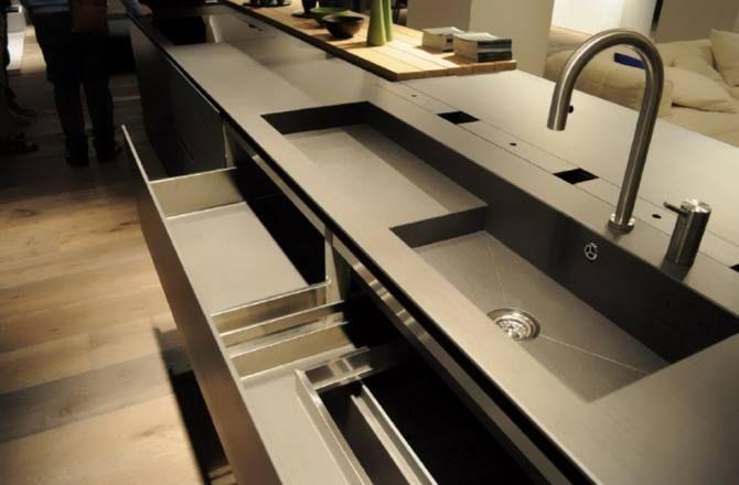 Modulnova cassetti cucina kerlite trento arredamenti roma for Arredamenti a trento