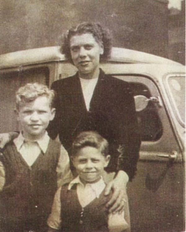 Young Mark Feld (r) with his older brother and mother (c. early 1950's).