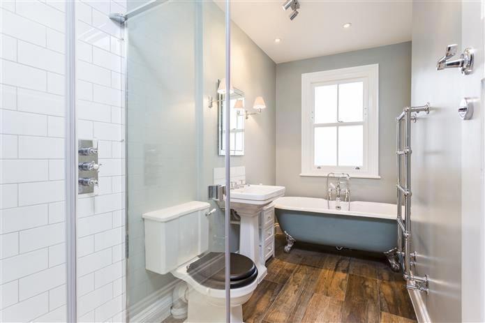 dulux light blue bathroom paint  blue bathroom decor