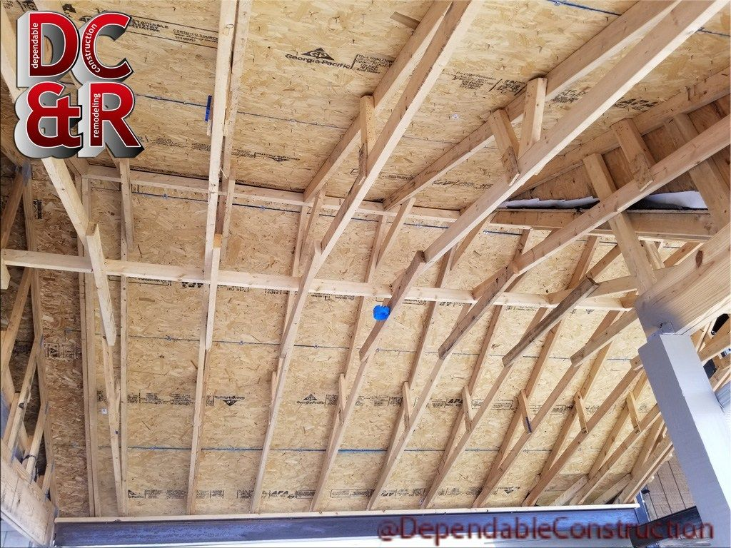 Ceiling Under The Roof Structure We Built For J D Legends This Is Before We Added Wood To It Last Wee Construction Remodeling Roof Structure Home Construction