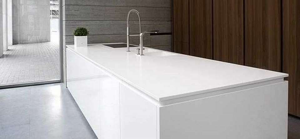 Pin By Marva Battan On Kitchens In 2020 Corian Countertops