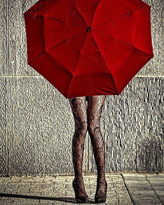 """""""Se você quiser moço vem comigo: Vamos caçar esse ouro vamos fazer água - loucos no Poço da Carioca sair debaixo das pontes dar que falar às bocas de Goiás."""" Cora Coralina Meu livro de cordel  #olhardemahel #coracoralina #escritores #poetas #poems #writer #leitura #leitores #reading #bookslover #adoroler #poesias #poetry #sabedoria #pensadores #ppalavra #fpolhares #instagram #instacool #instagood #inspiration"""