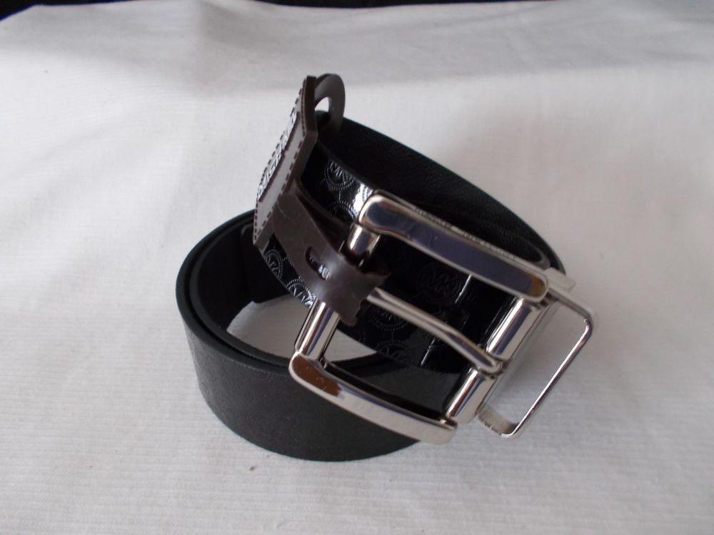 a12e4d7c71b3 NWT Michael Kors MK Logo Reversible Women s Belt Black Black Medium 551338   MichaelKors