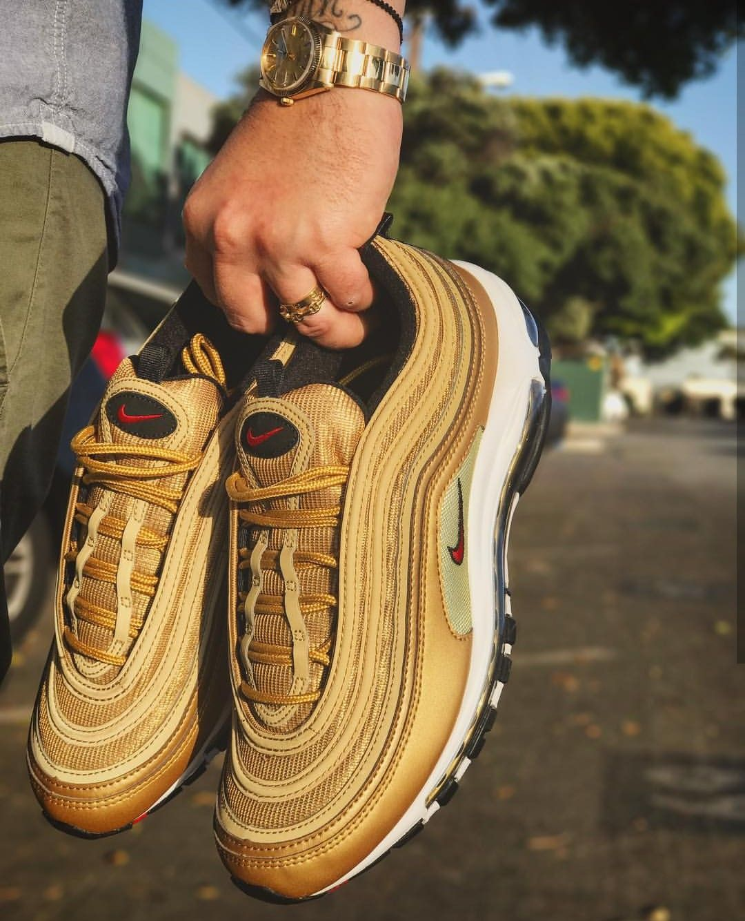 Nike Air Max 97 in gold red Foto: brucehatoo (Instagram