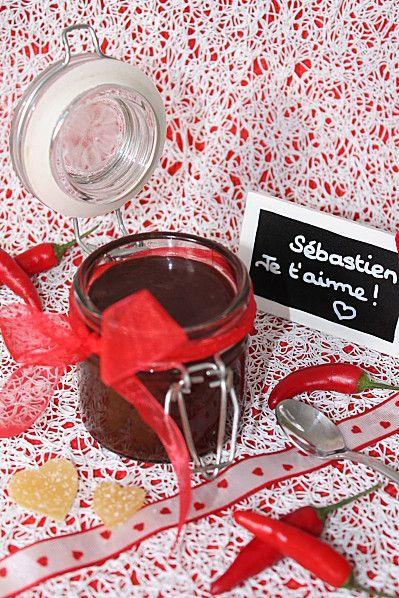 Pâte à Tartiner au Chocolat, Gingembre confit et piment d'Espelette de http://mimitouti.over-blog.com/
