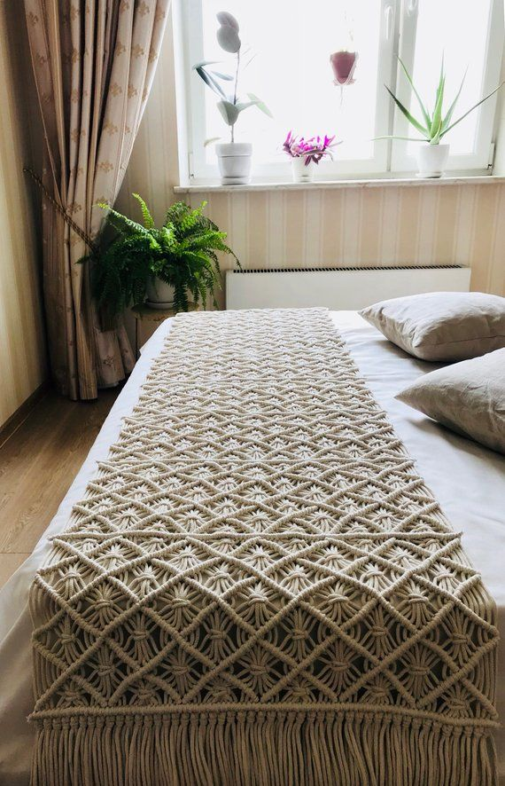 Macrame bedrunner/ boho bedroom decoration/bedrunner/table runner/ bohemian bedroom decor/macrame de