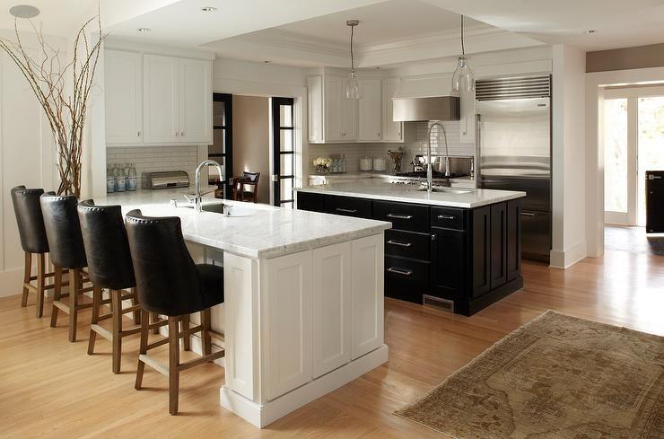 Urrutia Design Stunning Black And White Kitchen With Island And