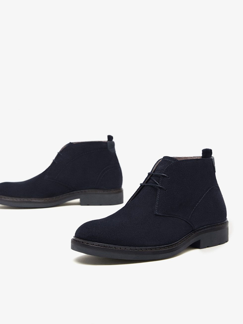 BOTIN PIEL SERRAJE AZUL de HOMBRE - Zapatos - Ver todo de Massimo Dutti de  Otoño Invierno 2017 por 89.95. ¡Elegancia natural! 781c70b916b