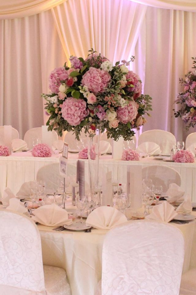 Pin by Michele Boshell on 25th anniversary | Table ...