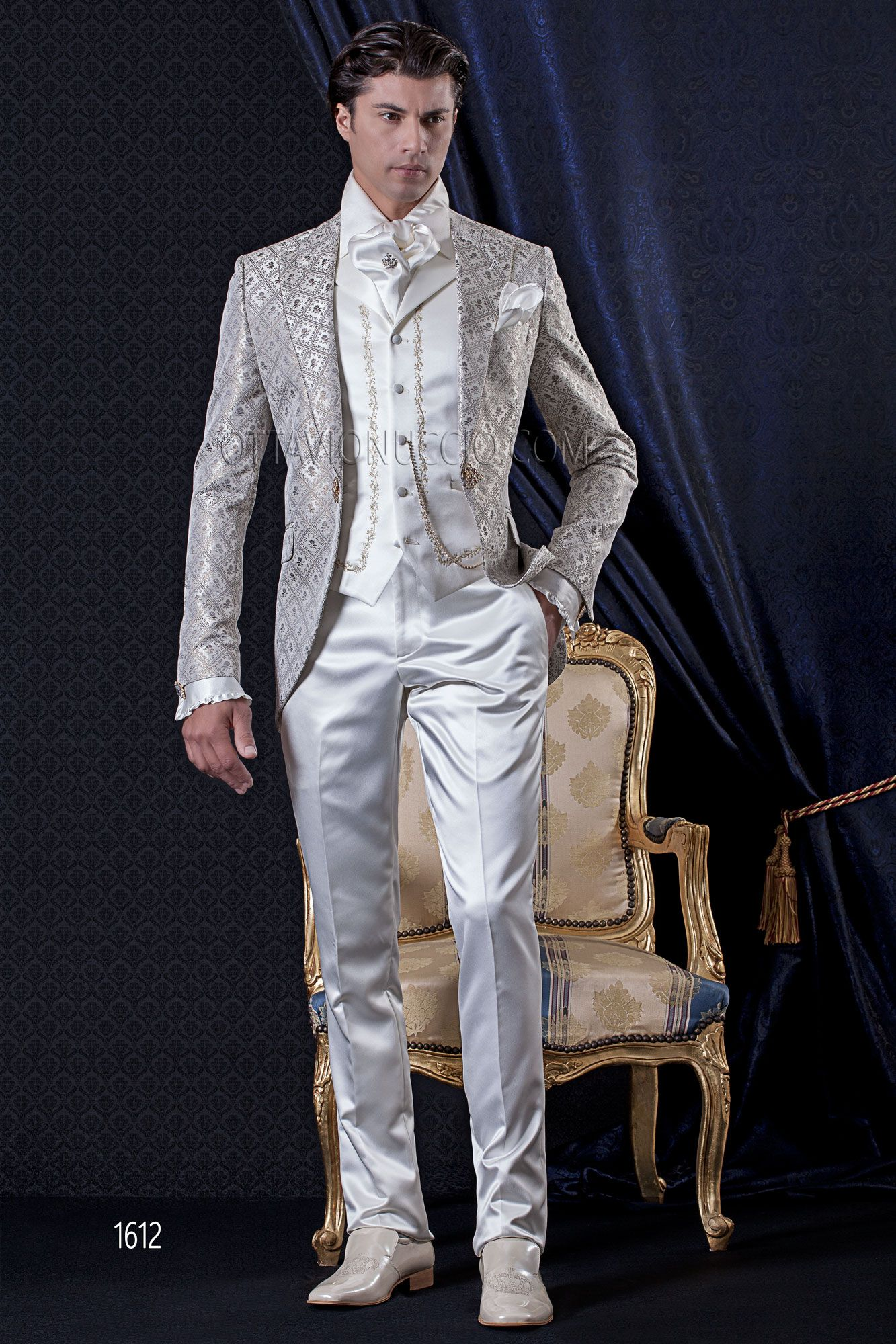 Baroque short tail groom suit in golden ivory brocade fabric | White  wedding suits for men, Wedding suits, Best wedding suits