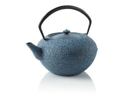 serious teapot