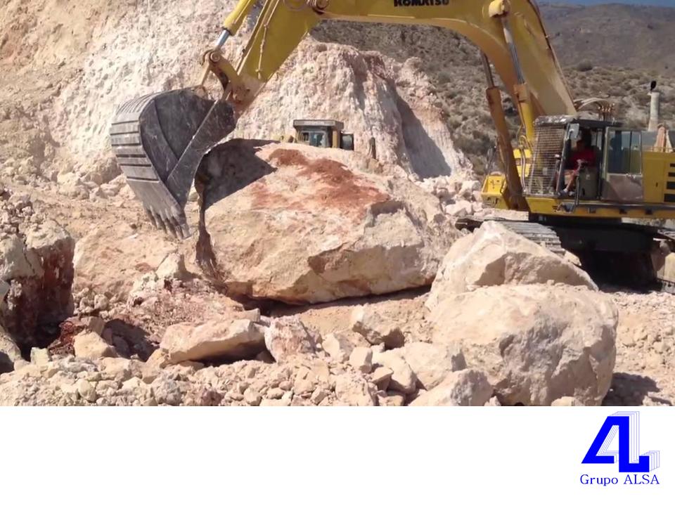 En Grupo ALSA, extraemos piedra de escollera para puertos. LA MEJOR CONSTRUCTORA DE VERACRUZ. En Veracruz, es crucial tener una buena infraestructura para controlar el agua, por lo cual, en nuestra constructora extraemos y damos tratamiento a piedras de escollera para puertos. Si está interesado en conocer más sobre nuestros servicios, le invitamos a llamarnos al 01(229)9234670. www.grupoalsa.com.mx #AsfaltosyGravasAL