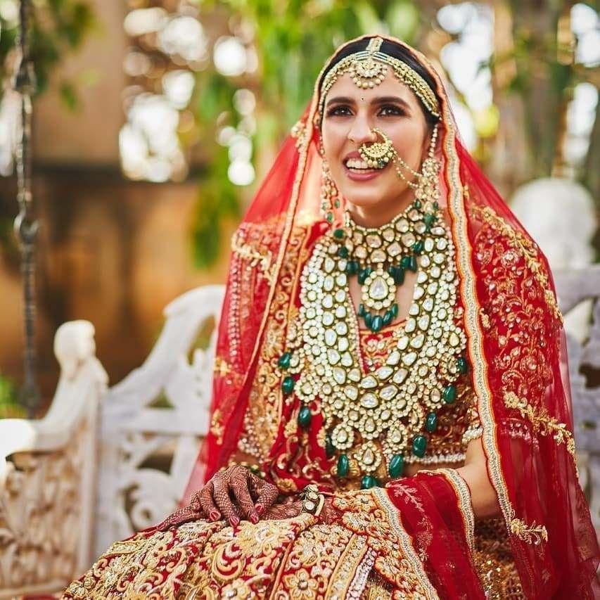 The Real Anushka Sharma Deepika Paduko Bridal Jewelry Weddings Wedding Accessories Wedding Access In 2020 Bridal Jewellery Indian Indian Bride Bridal Inspiration