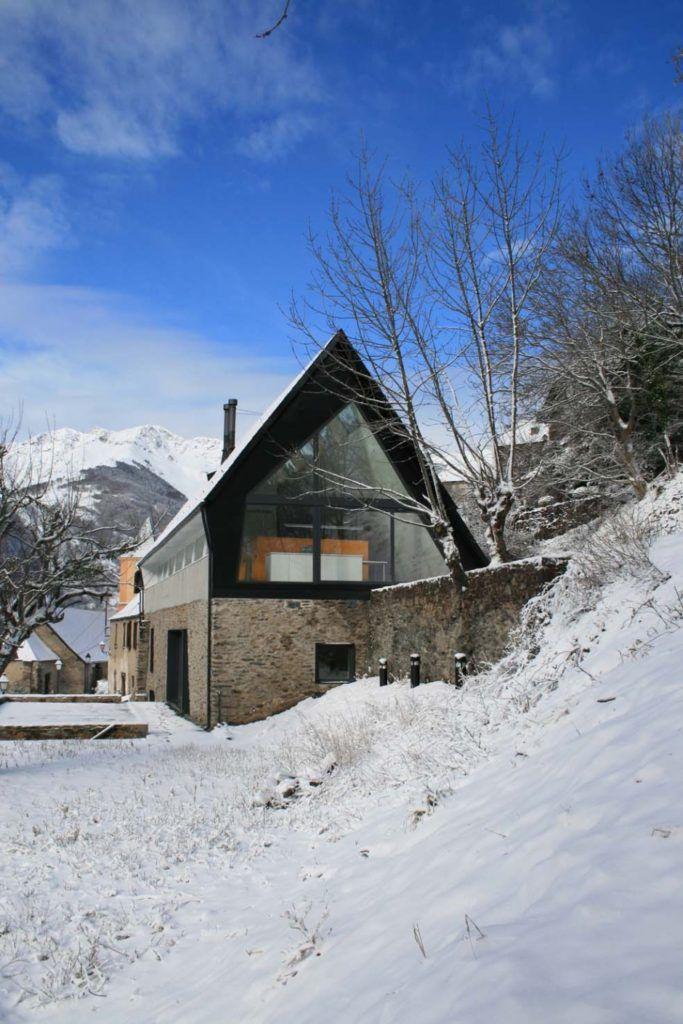 nowoczesna-STODOLA_house-at-the-pyrenees_cadaval-&-sola-morales_23