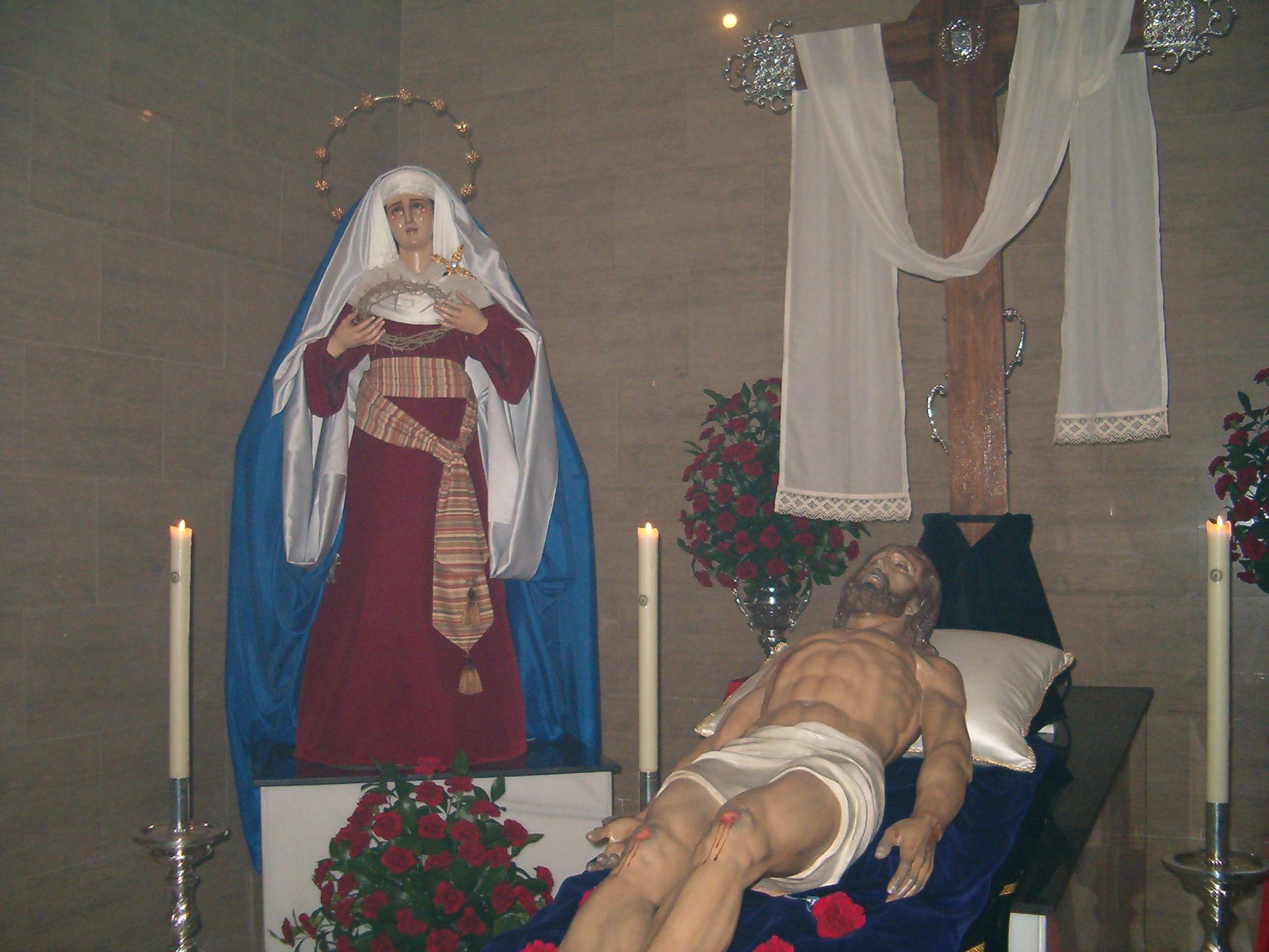 cofradía del santo entierro de Martos