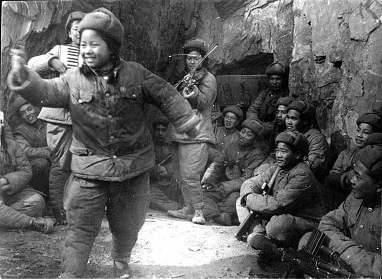 Cultural Workers In The Korean War 1950 54 War War Of Attrition