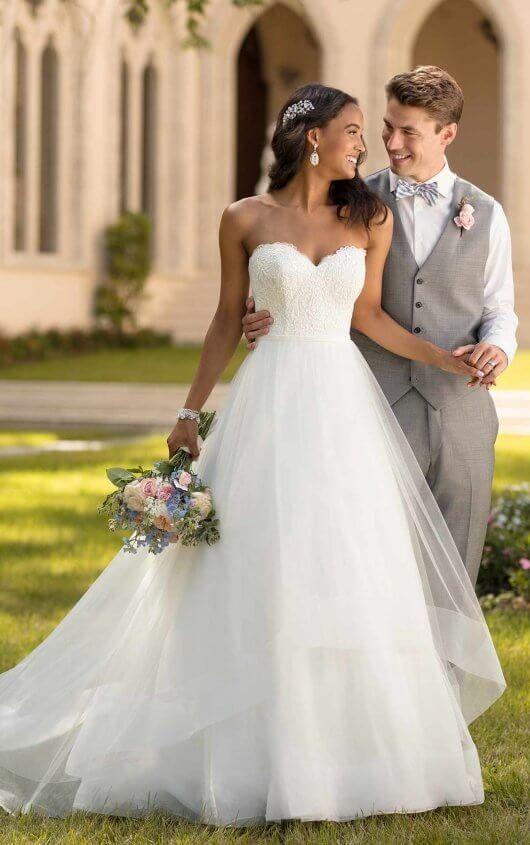 Einfaches Tüll Ballkleid Brautkleid – Stella York Brautkleider