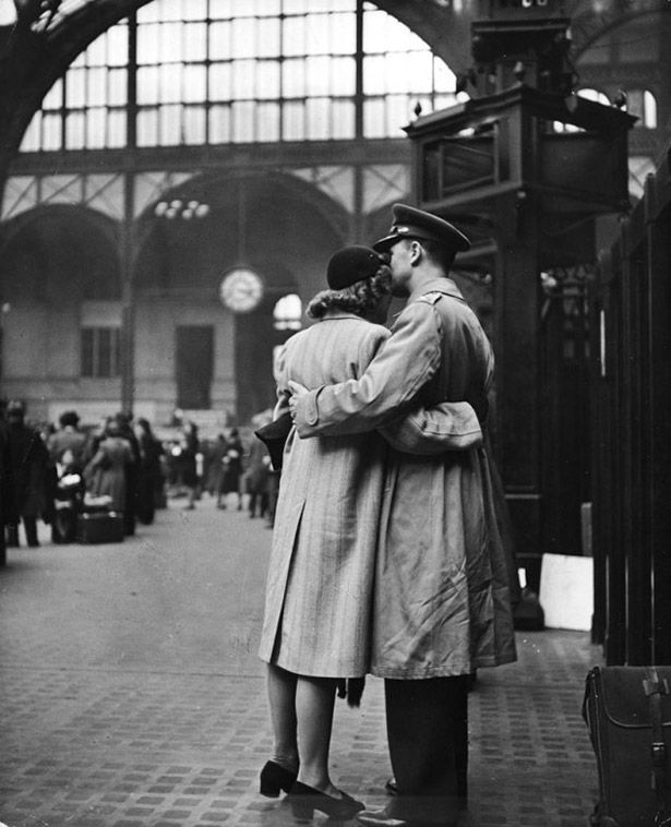 Wartime Kisses Couples Sharing A Last Kiss Before Soldiers Depart