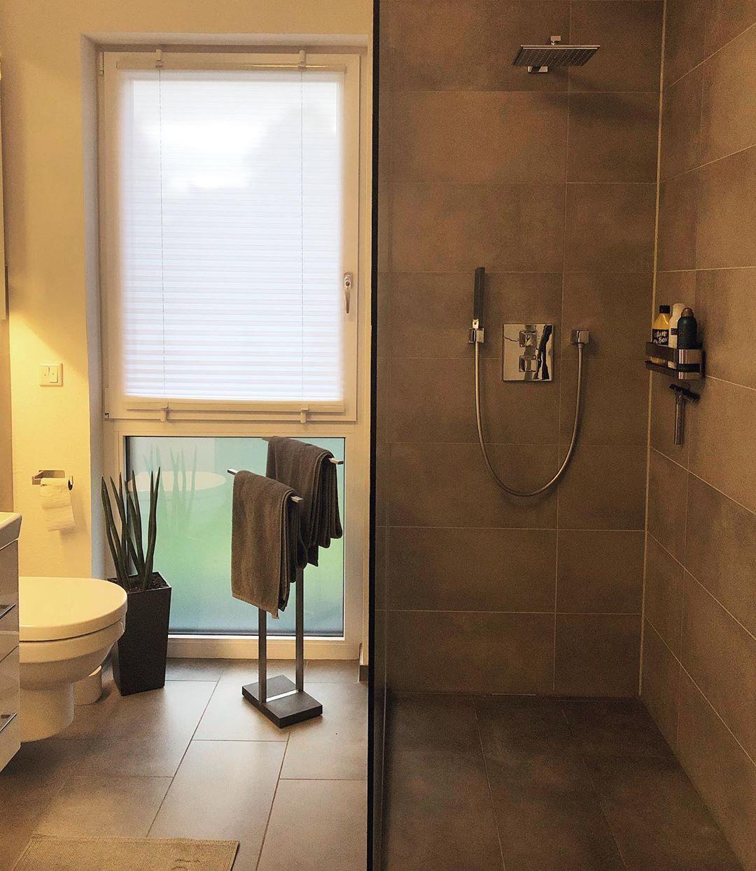 Seid Ihr Team Badewanne Oder Team Dusche Anzeige Badezimmer Badezimmerdesign Badezimmerideen Dekoideen Deko Badewanne Dusch Bathroom Bathtub
