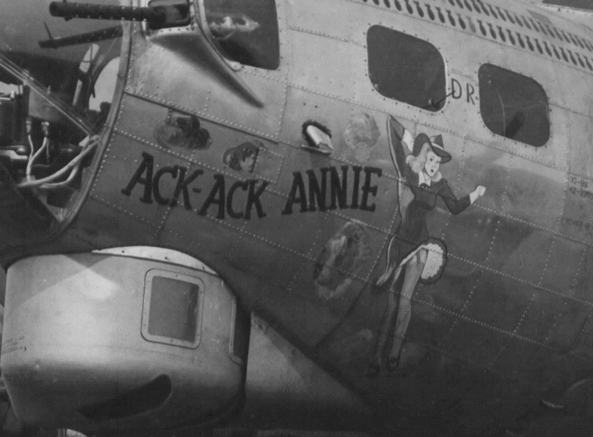 632 best Nose Art/Military Aircraft images on Pinterest | Nose art ...