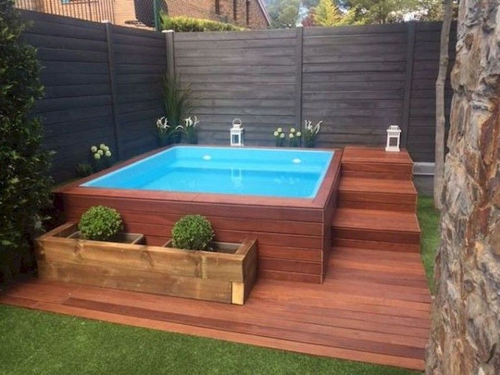 30 Modern Small Swimming Pool Design Ideas For Backyard Trenduhome Small Backyard Design Small Pool Design Small Backyard Pools