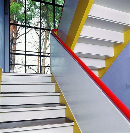 Pin de m en Bauhaus Pinterest Escalera, De stijl y Arquitectura