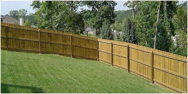 cheapest way to build a wood privacy fence in 2020 wood on inexpensive way to build a wood privacy fence diy guide for 2020 id=44478