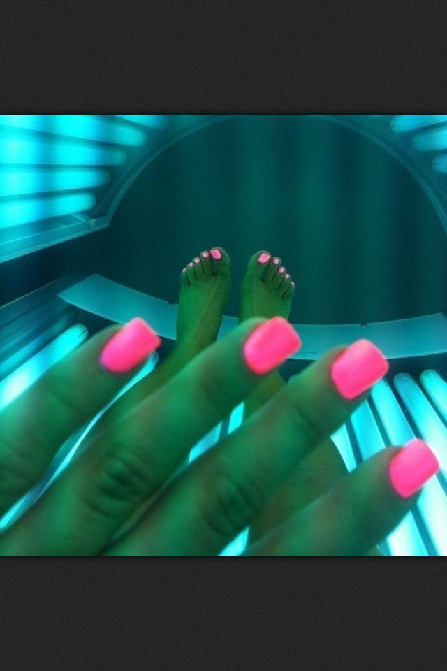 Hot pink nails | Nails | Pinterest