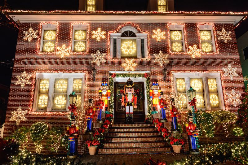 Dyker Heights Christmas Lights in New York wo