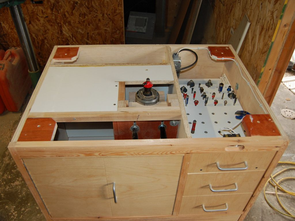 Homemade router table lift - Router Table By John Heisz Homemade Router Table Featuring A Built In Router