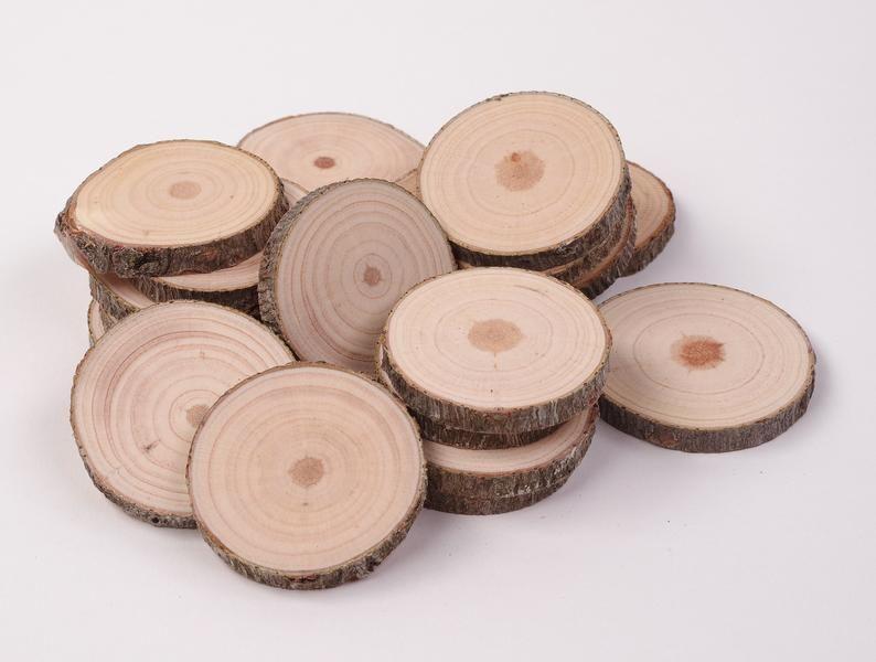 Confezione Da 20 4 6 Cm Legno Fette 2 Pollici Cerchi Di Legno Piccole Fette Di Legno Per L Artigianato Fette Di Ramo Rustico Fette Di Legno Per Ornamenti In 2020