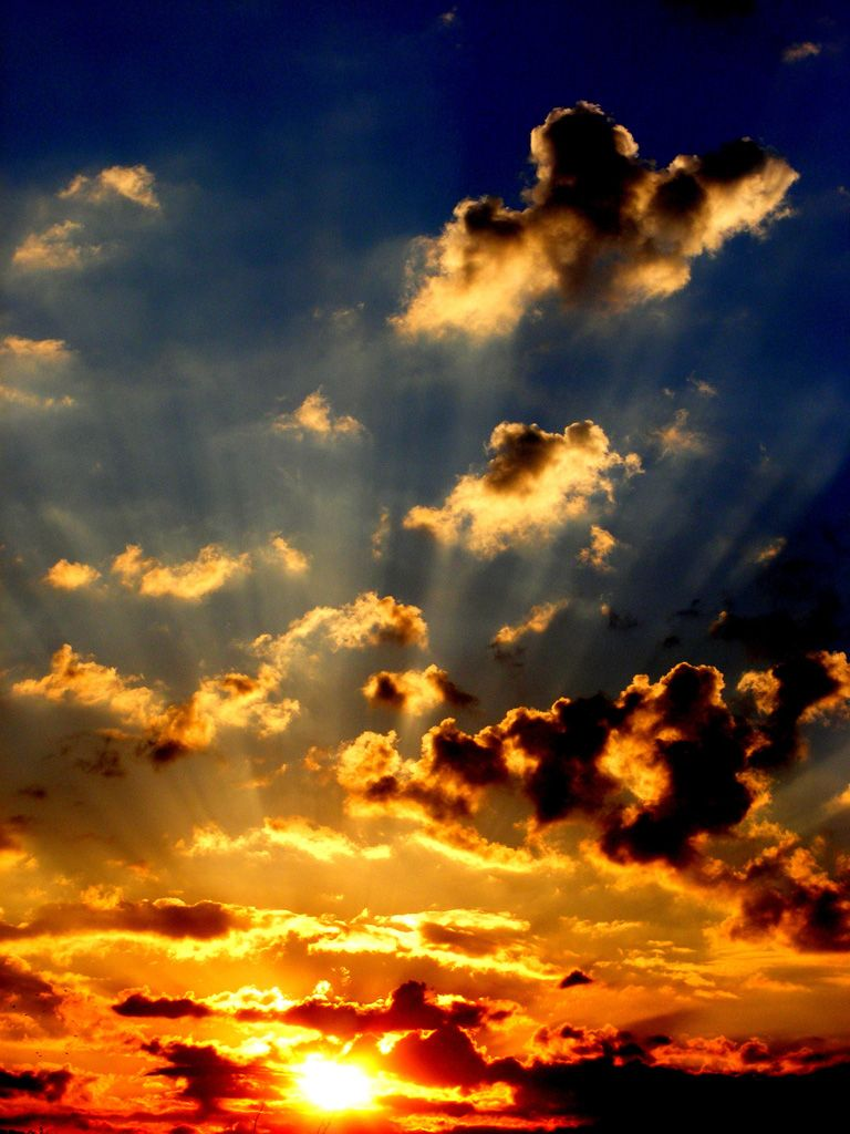 フリー画像素材 風景 自然 空 雲 夕日 日の入り 太陽光 Id