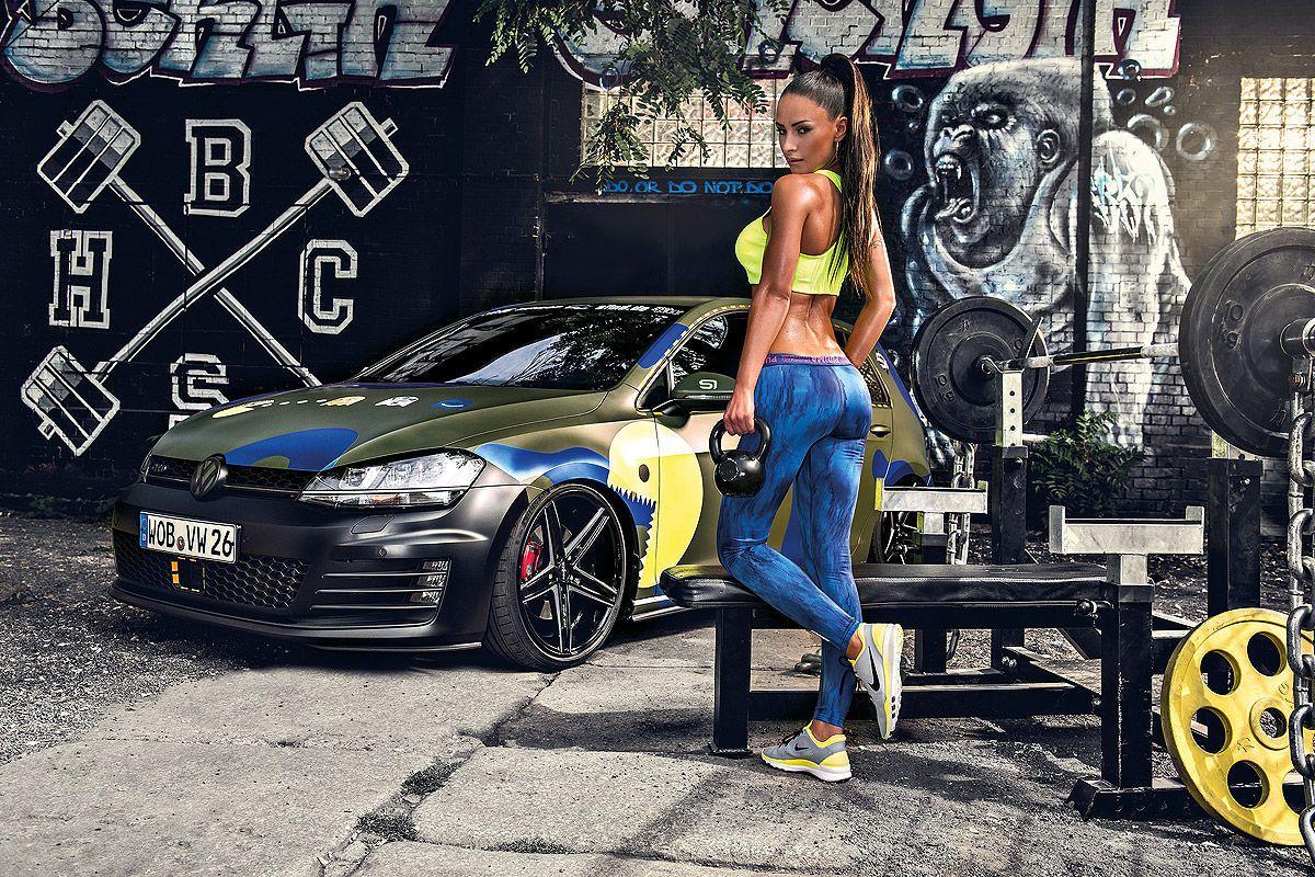 Liqui Moly Erotikkalender 2016 Fast Cars And Hot Women