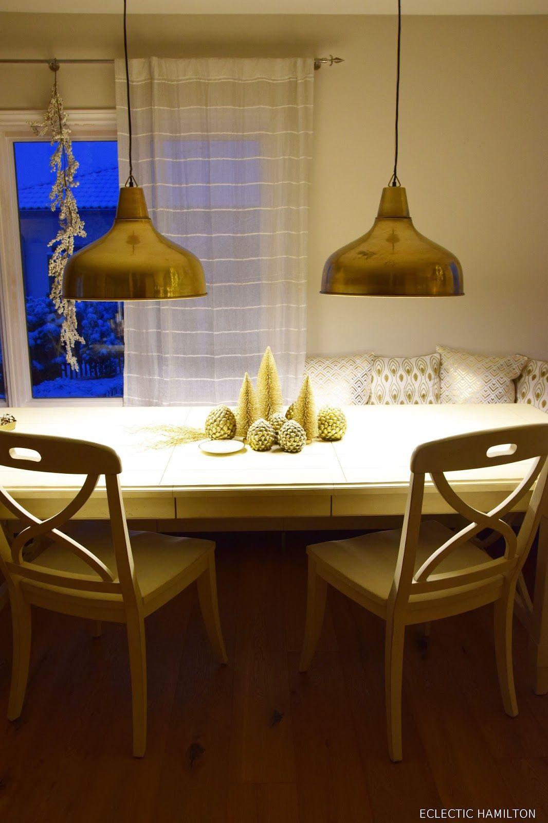Schon Die Perfekte Lampe Für Das Esszimmer Und Tolle Weihnachtsdeko In Gold.Tipps  Zum Leuchtmittelkauf /