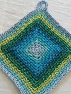 Photo of Crocheted pot holder – simply indispensable – crochet fever