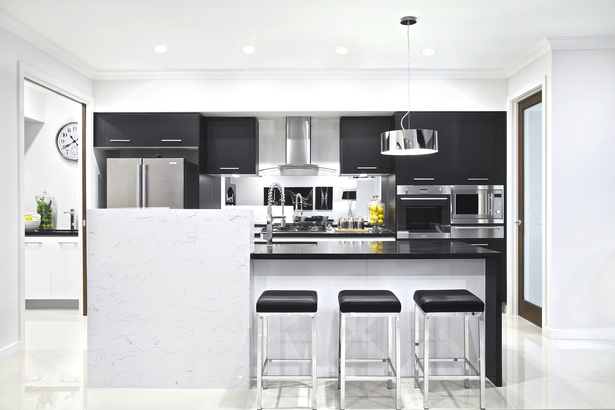 Classic Black And White Kitchen Clarendon Homescrestmead 46Classic Black & White Kitchen And
